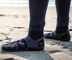 ONeill Mutant Boot 6/5/4MM Internal Split Toe Surfschoenen