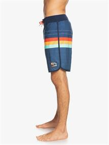 """Quiksilver Everyday More Core 18"""" - Board Shorts for Men"""