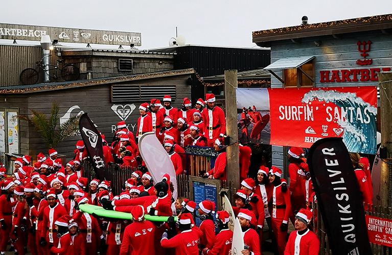 Surfing Santas mobile