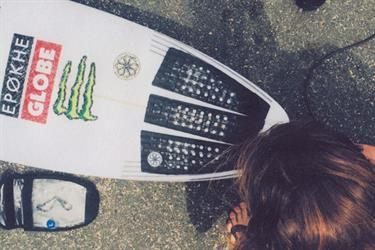 Tailpads, frontpads, full pads, no pads: Hoe kies ik mijn surfboard grip?